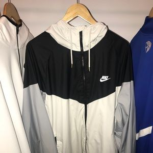 Nike Men's Windrunner Full Zip Jacket